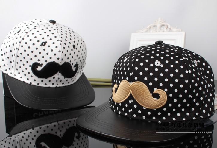 Short brim Dot mustache unisex baseball caps