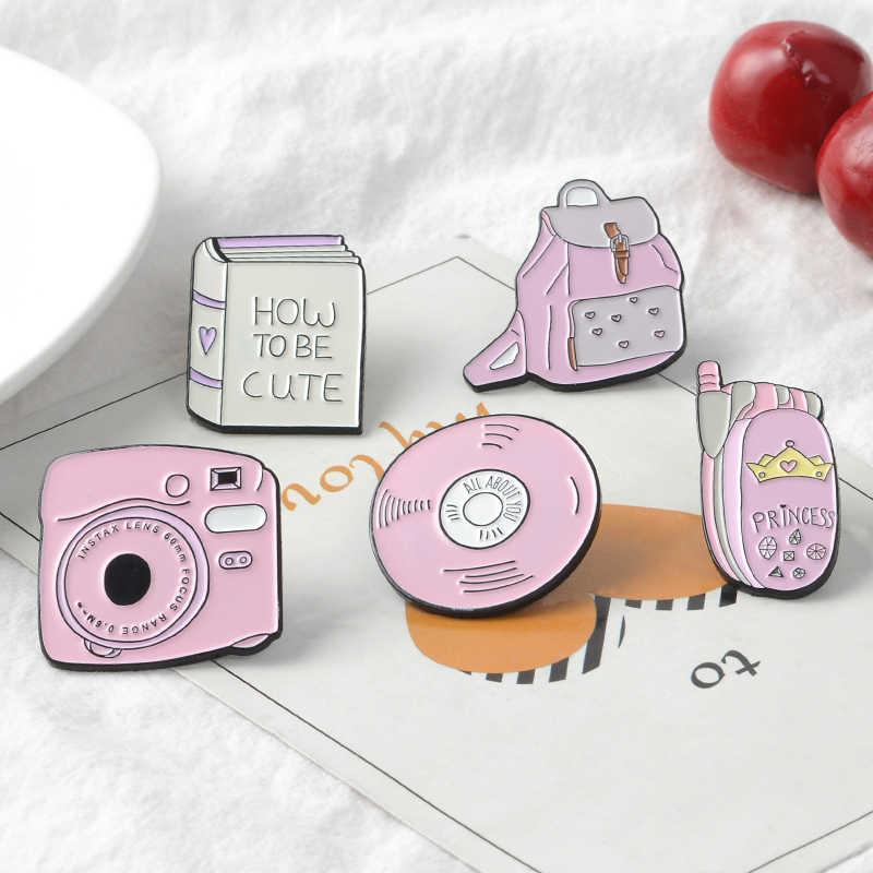 QIHE תכשיטי מצלמה אמייל סיכות פולארויד סיכות ספר דש סיכות CD טלפון תרמיל סיכות עד מתנה ורוד ליידי
