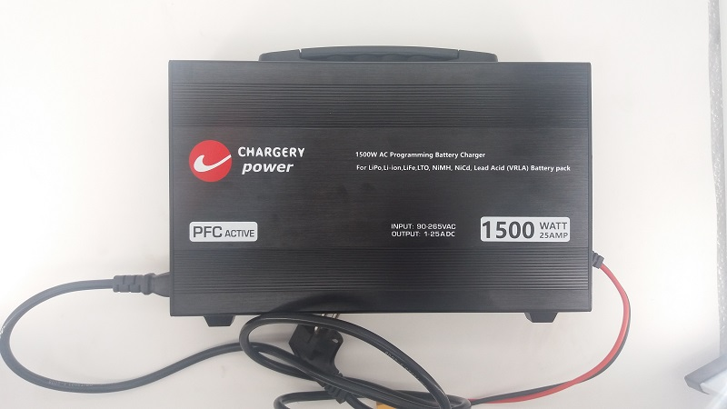 Chargery 1500W LCD Display 25A Charger For 4S 24S Li ion 4S 28S LiFeo4 7S 36S