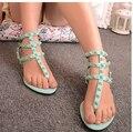 Заклепки на плоской подошве женщин 2016 весна и лето клип босоножки цвета конфеты сладкий женский обуви вьетнамках zapatos mujer