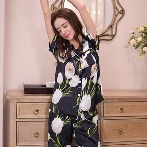 Image 4 - حقيقي الحرير المرأة منامة 100% لباس نوم من الحرير عالية الجودة مطبوعة الأسود قصيرة الأكمام بيجامة السراويل قطعتين مجموعات T8154