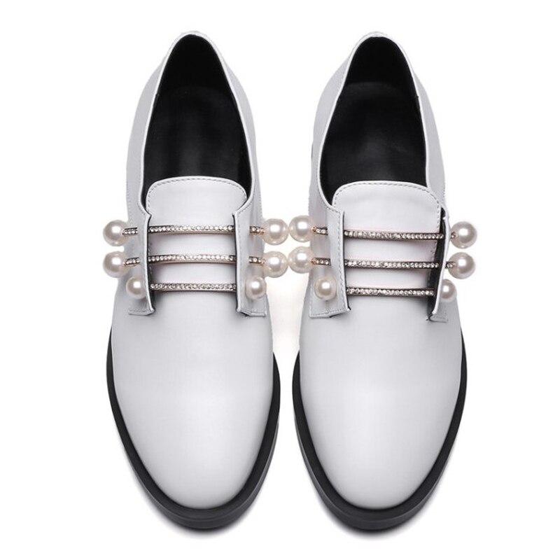 Métal Appartements Casual Black Mocassins Plus Dames Creepers D28 Perles Cuir La 43 white D28 Taille Richelieus Chaussures Sur Chaussure Femme Slip Vintage En HwHqZT6S