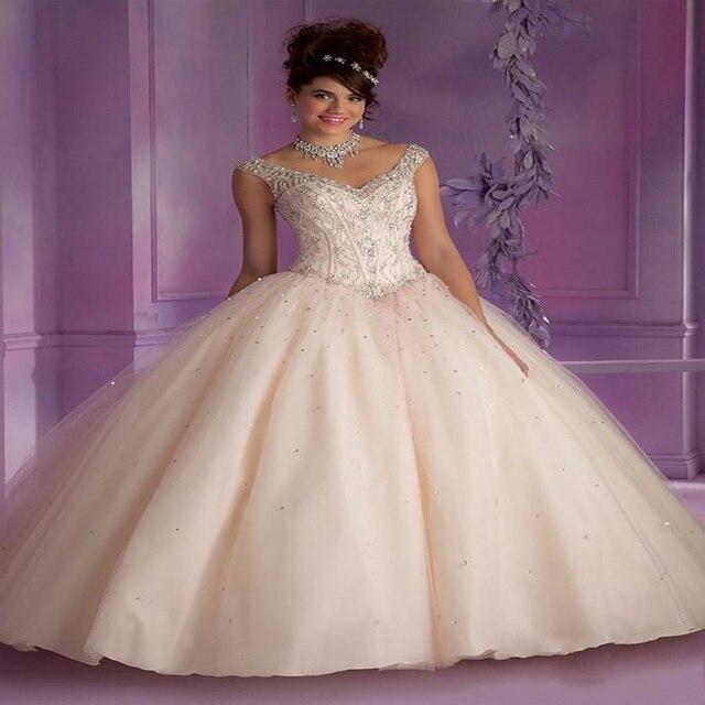 42ed8cf09 New Quinceanera robes Beige Tulle robe De bal Custom Made perles De cristal  paillettes plis robes. Passer la souris dessus pour zoomer
