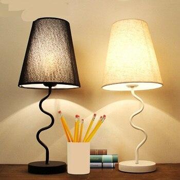 Beyaz Siyah Masa Lambaları Yatak Odası Başucu özgünlük Kişilik Moda çalışma Masası Oturma Odası Göz Bakımı Okuma Hediye Lamba LO7139