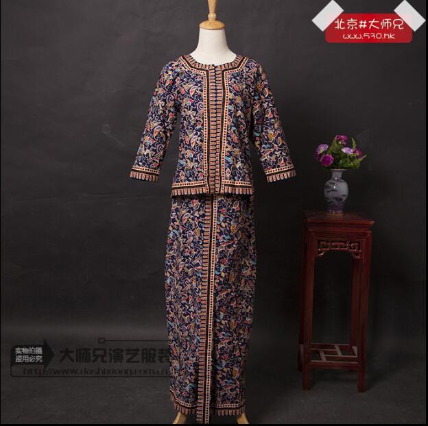Nonya Kebaya Indonesia Traditional Clothing Malaysia Dress Nyonya