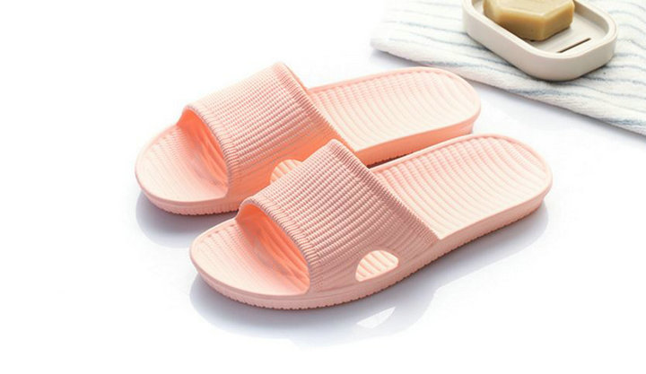 Cheap Price New Summer Home Bathroom Slippers Indoor Anti Slipper Soft Bottom Family Woman Man Slippers (5)
