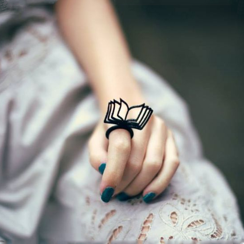 Black Openwork Book Ring Open Book Page Art Literary Acrylic Ring Female Party Diversified Jewelry Couple Literature Lovers Gift line art