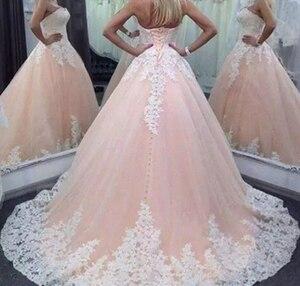Image 2 - Pizzo Abiti stile quinceanera 2019 Appliques Abito di Sfera Cristalli Lace Up Sweetheart Per 15 Anni Debuttante Vestidos De 15 Anos