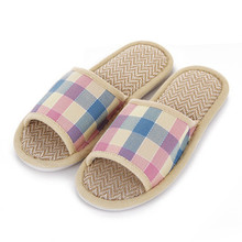 Winter Breathable Plaid Men Women Shoes Fashion Design Tartan Lovers Sandals Indoor Slippers Flat Cany Mat Linen Slippers Shoes