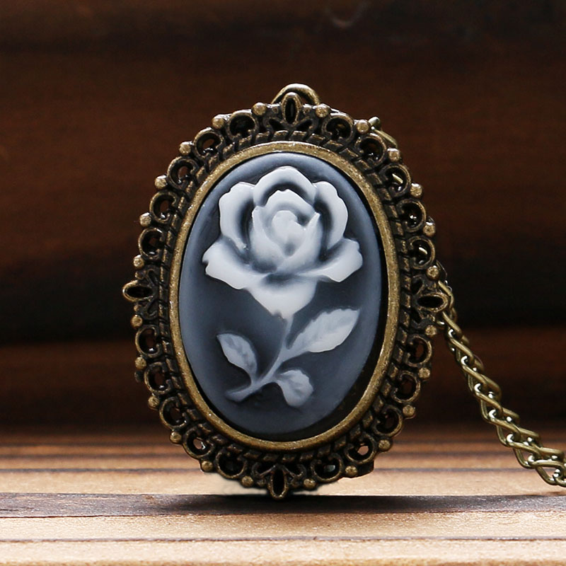 3 Type Retro Flower Rose Butterfly Design Quartz Pocket Watch Ladies Women Girl Necklace Pendant with Chain Birthday Gift P61 antique retro bronze car truck pattern quartz pocket watch necklace pendant gift with chain for men and women gift