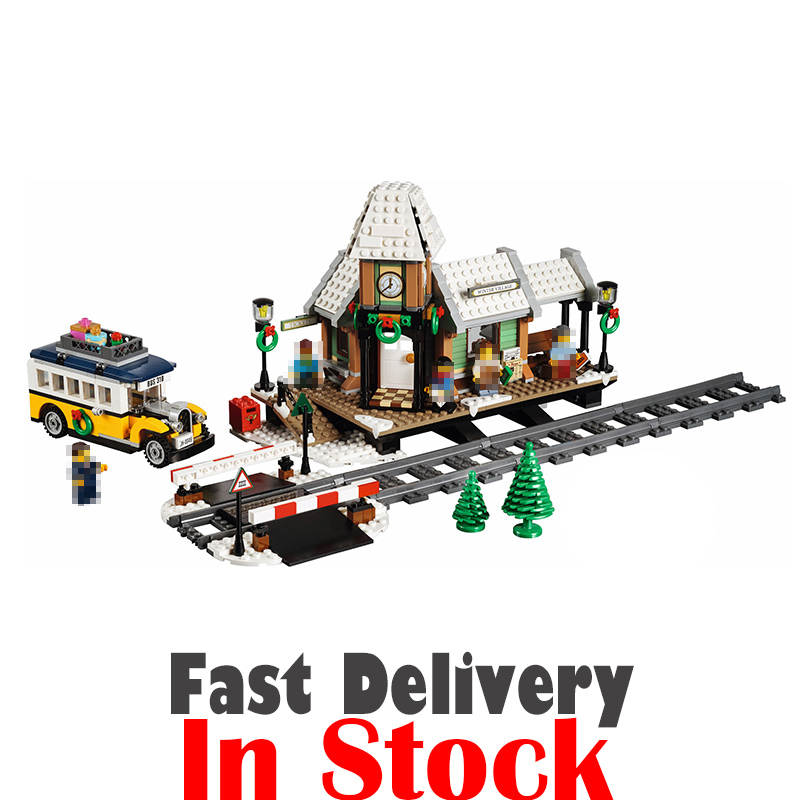 Lepin 36011 1010Pcs Creator Expert Winter Village Train Station Building Blocks Bricks Toys For Children gifts legoINGly 10259 dhl lepin 36001 winter holiday train 36011 winter village train educational building blocks toys gifts clone with 10254 10259