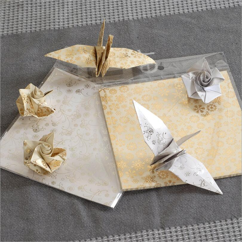 Metallic scrapbooking papers 20pcs pack gold snowflake for Silver foil paper craft