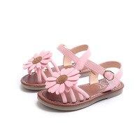 2018 Free Transport Summer New Girls Baby Sandals Flower Pattern Princess Open Toe Junior High School