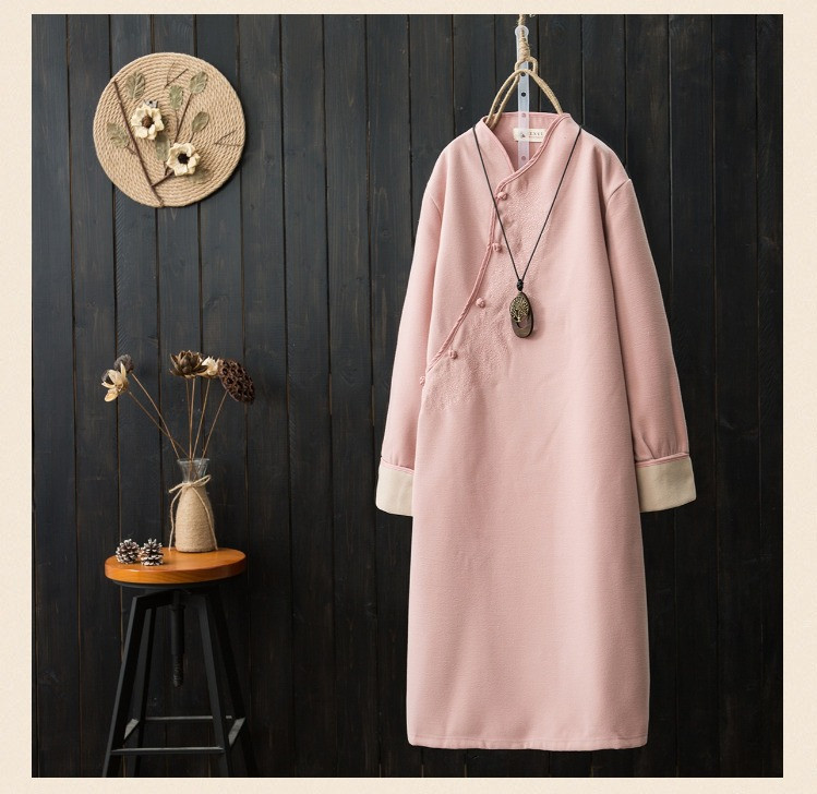 National Chinese Style Robe Embroidery Midi Women Dresses Vintage Plate Button Woolen V Neck Pink Autumn