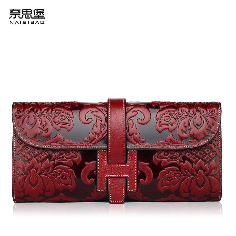 купить 2017 New women bag genuine leather brands fashion quality Head layer cowhide embossed retro wallet women Clutch bag по цене 5908.98 рублей