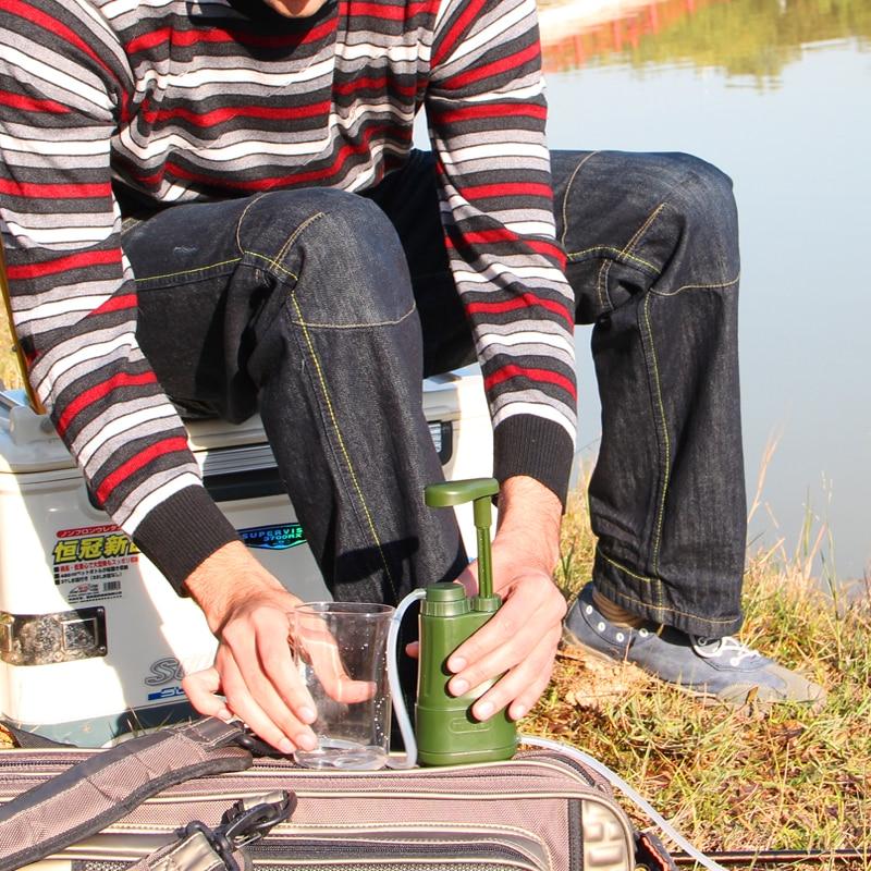 Mini filtre à eau portable idéal pour la randonnée, la pêche, la chasse, la survie, les militaires, les voyages à l'étranger et les urgences
