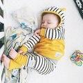 2016 Crianças Do Inverno Do Bebê Roupa Do Bebê Recém-nascido Meninos Meninas Outono Inverno Com Capuz Tops E Calças Listradas Leggings Roupas Definir