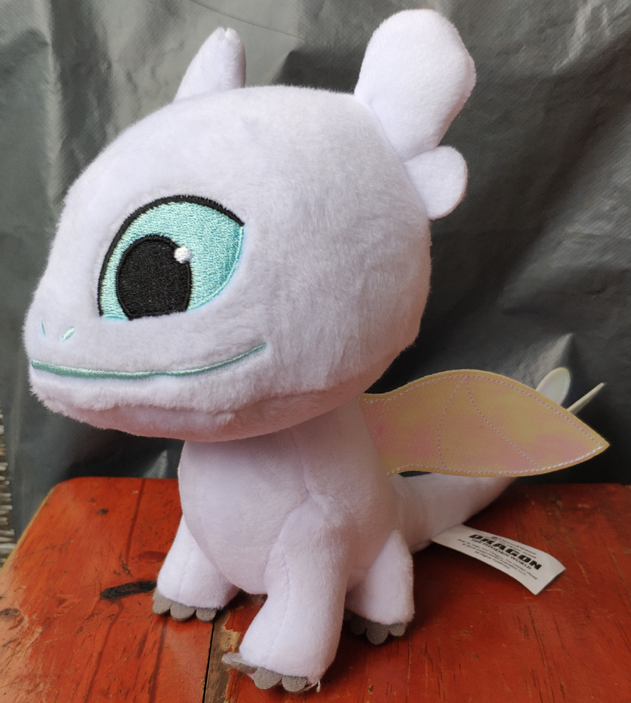 18cm How to Train Your Dragon 3 Plush Toy Light Fury Soft White Dragon  Toothlesss girlfriend Stuffed Animals Doll Juguetes18cm How to Train Your Dragon 3 Plush Toy Light Fury Soft White Dragon  Toothlesss girlfriend Stuffed Animals Doll Juguetes