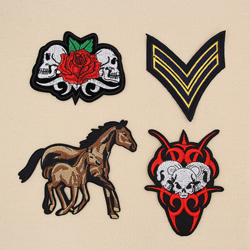 Punk Red Rose Skull Clothing Patches horse Punk Badges Embroidery Iron-On Biker Patch For Clothes Sew On Stripe Clothes Badge