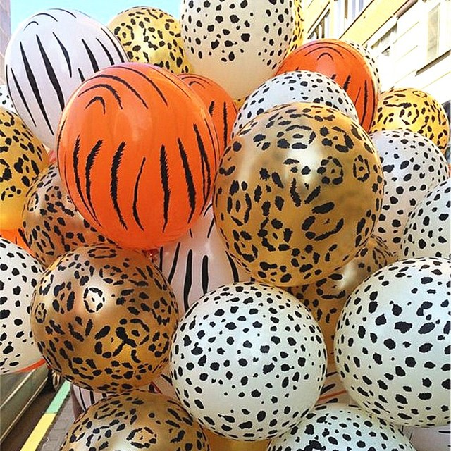 10 pcs 12inch 3.2g Animal Latex Balloons cow tiger zebra paw leopard balloon birthday party helium inflatable globos gifts
