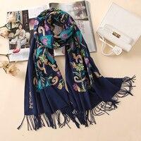 2018 del progettista di qualità del ricamo sciarpe in cashmere delle donne di inverno dell'annata sciarpa lunga size scialli e avvolge lady morbido scaldino foulard