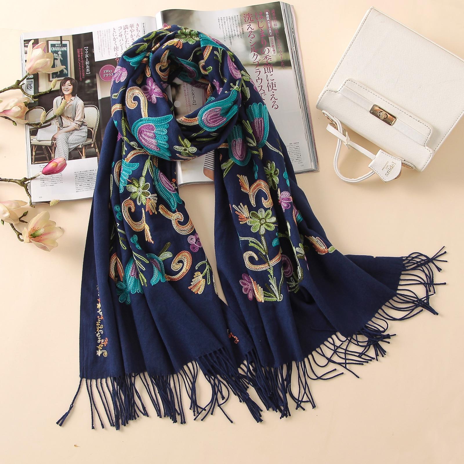2018 designer quality embroidery cashmere scarves