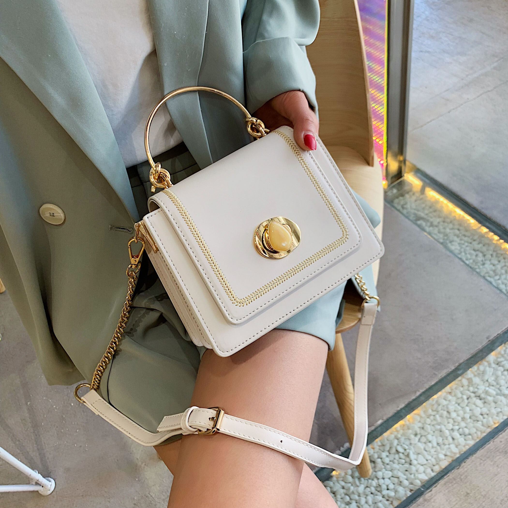 Image 4 - Solid color Leather Mini Crossbody Bags For Women 2019 Summer Messenger Shoulder Bag Female Travel Phone Purses and Handbags-in Shoulder Bags from Luggage & Bags