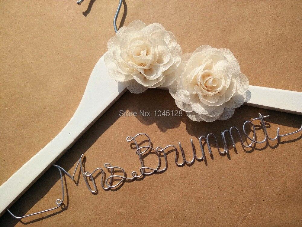 Großzügig Benutzerdefinierte Aufhänger Für Hochzeitskleid Bilder ...