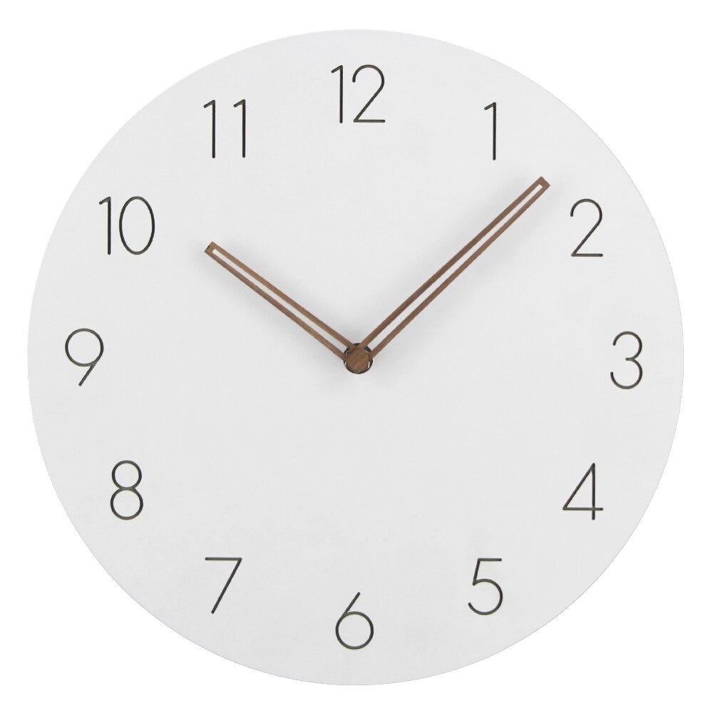 2018 Vente Chaude Slient MDF En Bois Horloge Murale Moderne Design Vintage Rustique Minable Horloge Calme Art Montre Décoration de La Maison