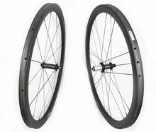 Super light 700C width 25mm chinese carbon road bike tubular wheels 38mm with Powerway R36 carbon body hub sapim spokes