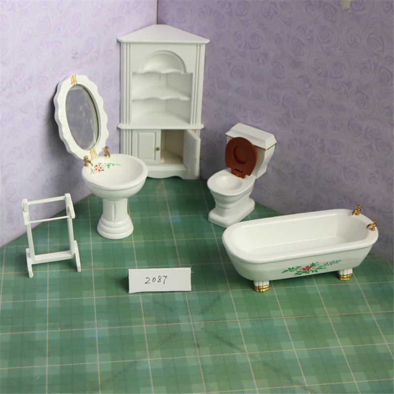 Doub K 1:12 dollhouse furniture toy for dolls white ceramic Bathtub Toilet kid bathroom pretend play furniture toys for children