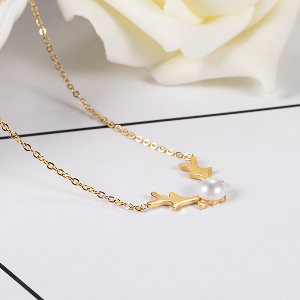 The Deer Pearl Pendant Necklace Titanium Stainless steel Inlaid Natural Pearl Gold Color Chain Necklace Fashion Women Jewelry in Pendant Necklaces from Jewelry Accessories