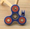 Comercio al por mayor 50 unids Tri-Spinner Fidget Juguete Plástico EDC Mano Spinner Para El Autismo y EL TDAH Ansiedad Estrés Alivio de Enfoque Regalo de los juguetes Para Adultos