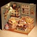 Ручной DIY Миниатюрный Комплект Проект Куклы Дом СВЕТОДИОДНЫЕ Фонари Мой Номер Маленький Дом Модель Строительство Комплекты Игрушки