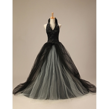 Appliques Halter Neck Tulle Black Bridal Ball Gown Evening Dress queen style design