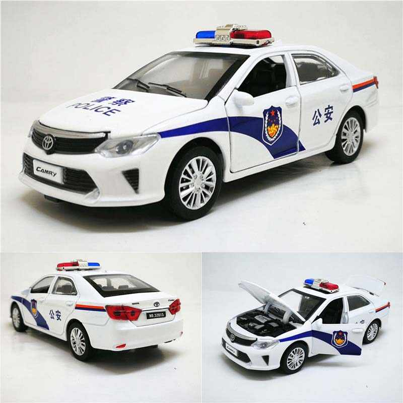 1:32 Camry Police Diecast toy Cars Model Toy Vehicle tirare indietro Sound Light Car giocattoli regalo per bambini bambini