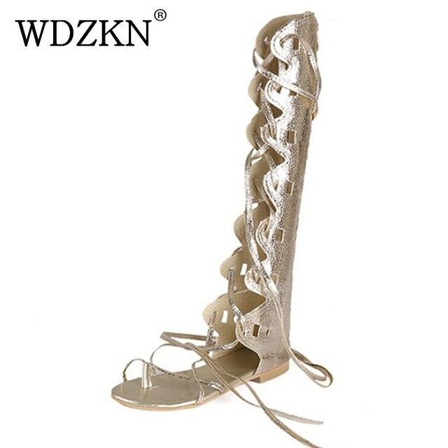 Wdzkn 새로운 패션 여성 골드 실버 크로스 스트랩 플랫 힐 무릎 높은 검투사 샌들 sandalia gladiadora 플러스 크기 34 43