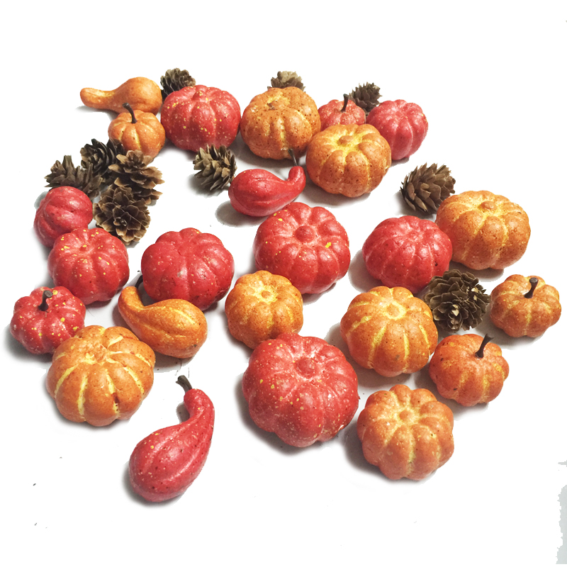 24 Pièces Petite Citrouille et Pomme De Pin ensemble dans une Boîte de PVC pour La Récolte et Thanksgiving Décoration