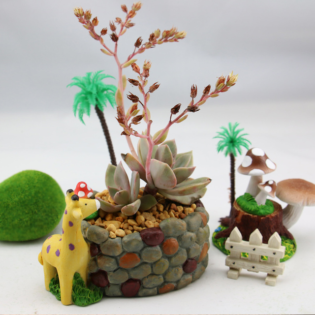 Kawaii Cartoon Adorable Rustic Giraffe Cobblestone Design Plant Flower Pot Succulent Planter