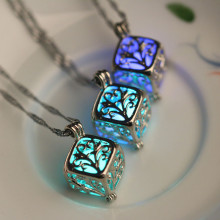 Cube จี้สร้อยคอ Infinity หิน Locket Antique Silver Luminous หิน Glow in the Dark(China)