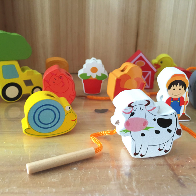 Baby Toys 16Pcs Large Cartoon Farm/City/Character Dress String Rope Wooden Toys Child Educational Beads Toys Birthday Gift