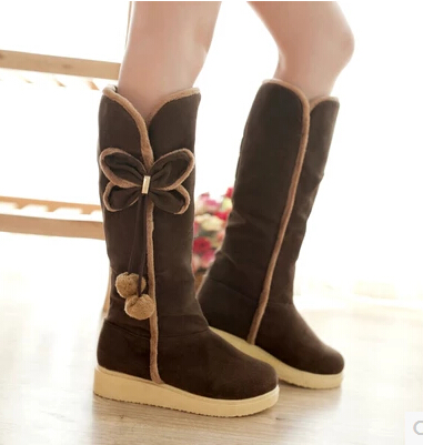 2017 Autumn And Winter Classic Ladies Gaotong Snow Boots Flat Heel Bow Hair Ball Warm Cotton Shoes Large Size