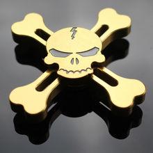 ใหม่ทองเย็นกะโหลกโจรสลัดEDCอยู่ไม่สุขมือปั่นTorqbarโฟกัสออทิสติกนิ้วของเล่นGyroเด็กผู้ใหญ่ของเล่น