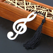 New Hollow Musical Notes Bookmarks Metal With Mini Greeting Cards Tassels Pendant Gifts Wedding Favors With Retail Box(China)