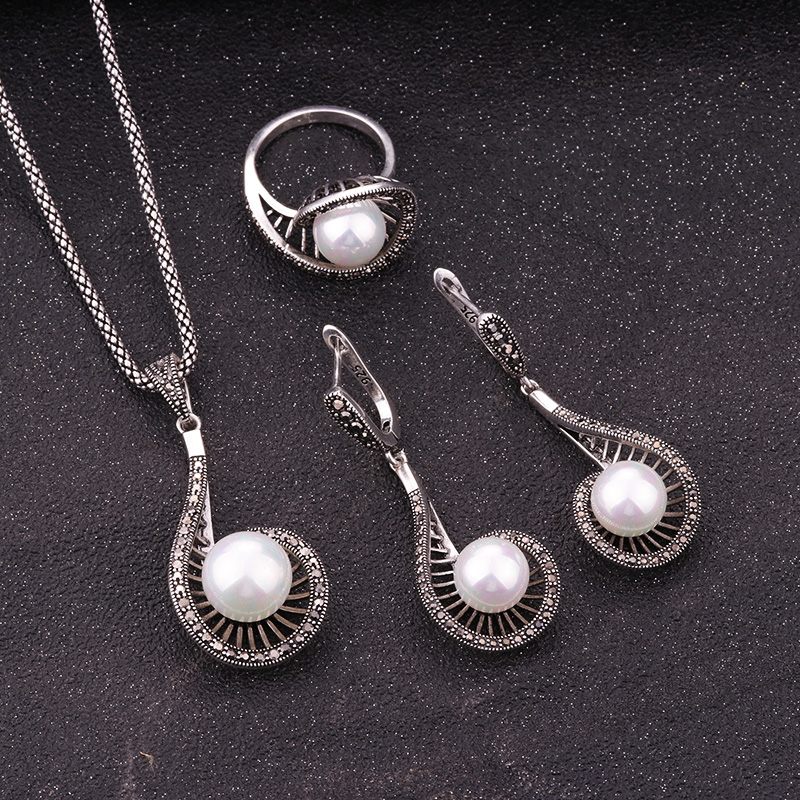 Sellsets White Simulated Pearl Earrings Ring And Necklace Sets Silver Color Vintage Jewelry Set For Women Party And Mother GiftsSellsets White Simulated Pearl Earrings Ring And Necklace Sets Silver Color Vintage Jewelry Set For Women Party And Mother Gifts