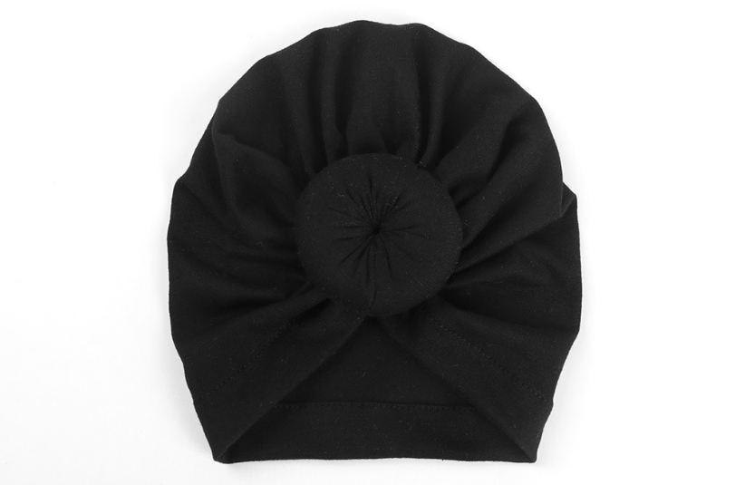 Коллекция года, Детские аксессуары для новорожденных, малышей, детей, малышей, маленьких мальчиков и девочек, тюрбан, хлопковая шапка, зимняя теплая мягкая шапка, одноцветные, с узелком, мягкая шапка - Цвет: Черный