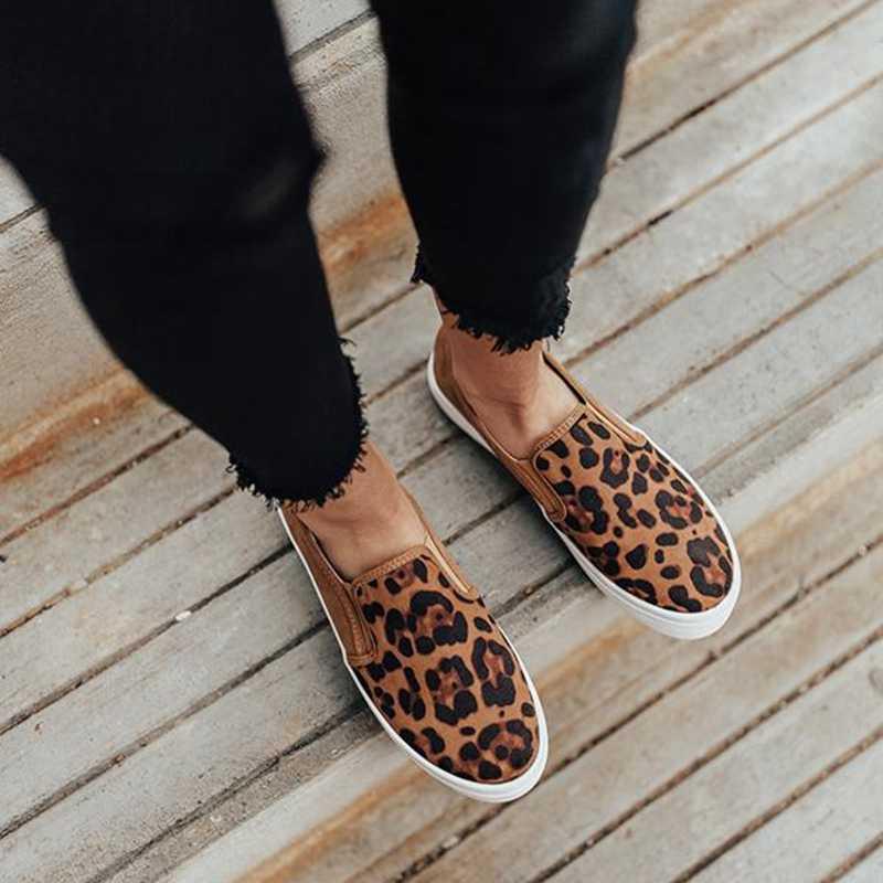 Phụ Nữ Flat 2020 Nữ Mới Báo Loài Rắn In Cho Nữ Mềm Mại Dưới Một Bàn Đạp Giày Lười Nữ Slip On Đế Bằng bọc Chống Trượt Giày