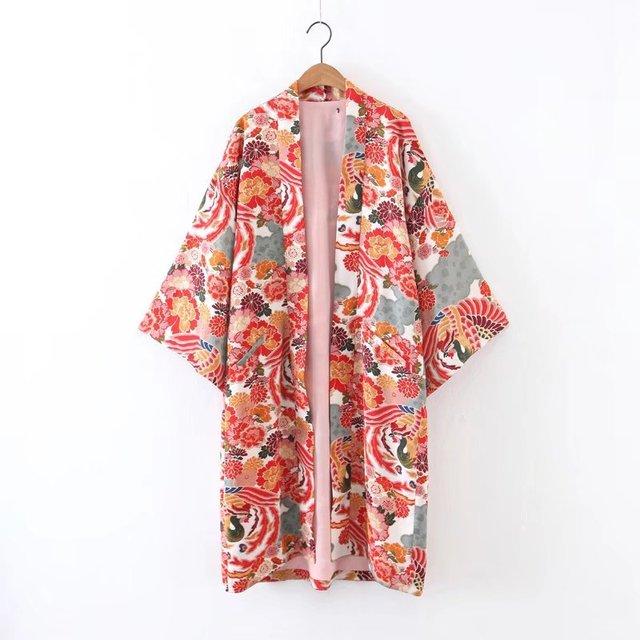 XL55-737 European fashion wind prints, long kimono coat 0521