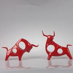 2 teile/satz Kreative Schwarz und Weiß Kuh Statue Abstrakte Geometrische Red Harz Bull OX Skulptur Hause Dekoration Tier Figurine 35