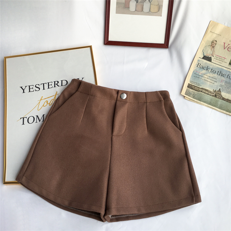 Winter Woolen Shorts Women High Waist Female Loose Thick Warm Elastic Waist Boots Shorts Wide Leg A-line Shorts Korean Fashion 41